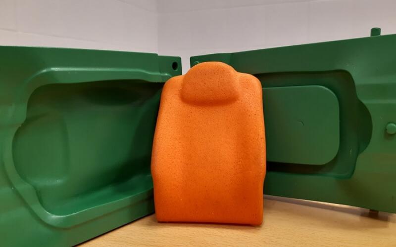 Moldes impresos en tres dimensiones para la producción de espumas de poliuretano.