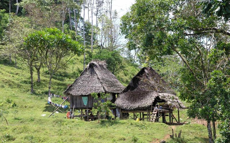 Casas indígenas (Ngöbe-Buglé) - Native houses; entre Chiri… | Flickr