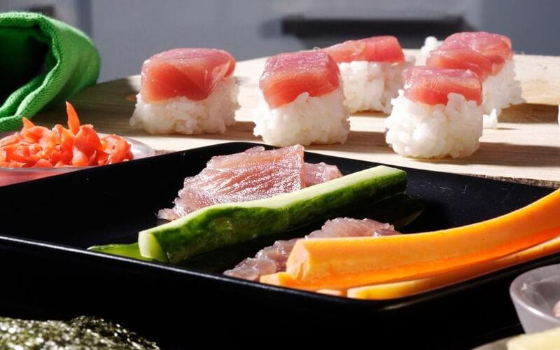 Mix de sushi de atún, Bruselas, Bélgica. COPYRIGHT CREDIT: Bruno Arnold / WWF