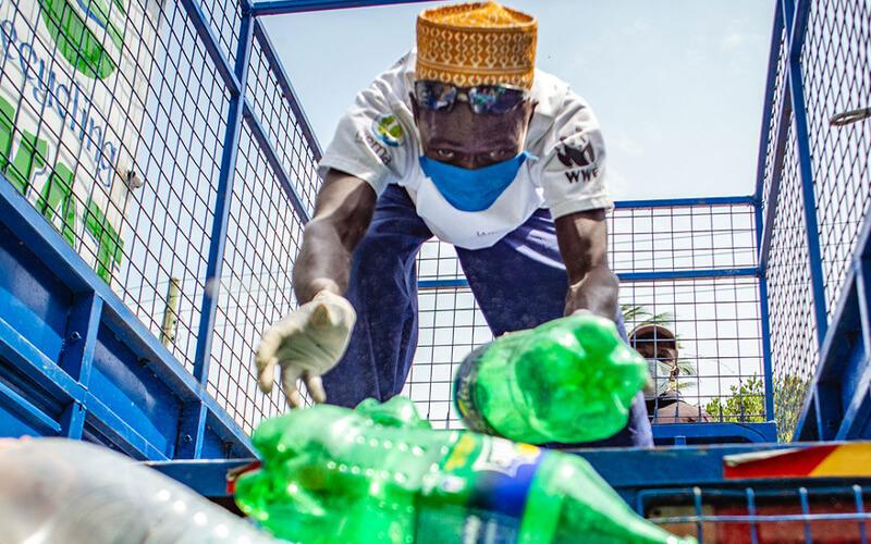 UNEP/Florian Fussstetter. / Kenia ha limitado el uso de plásticos de un solo uso.