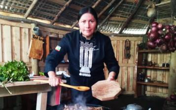 Chef mapuche Amelia Cayul protagonizó último capítulo de la serie Agente de Cambio de Indap